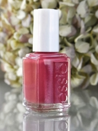 ESSIE Polish - SWEPT OFF MY FEET