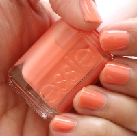 Essie - Resort Fling 860